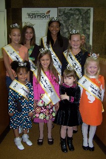 Festival queens at town  board meeting