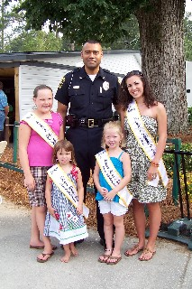 Chief Hassell and the Festival Queens